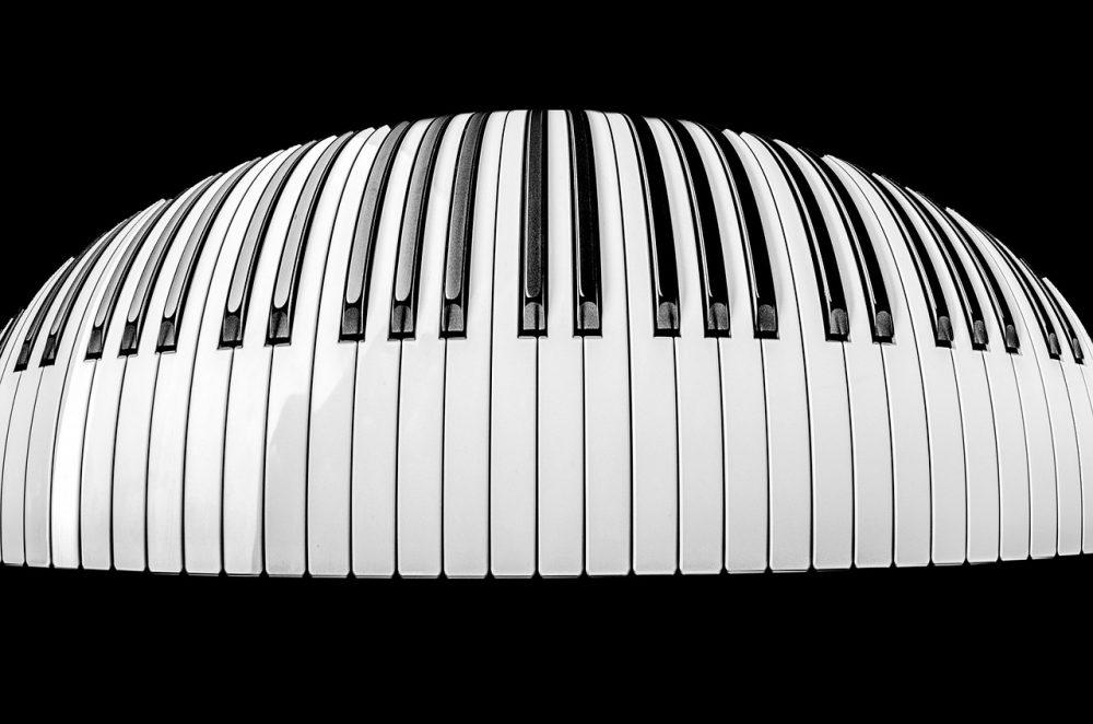Reportaje: Teclado piano digital vs Piano de cola Estreno el próximo 1 de julio. ver más